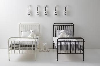 Incy Metal Beds